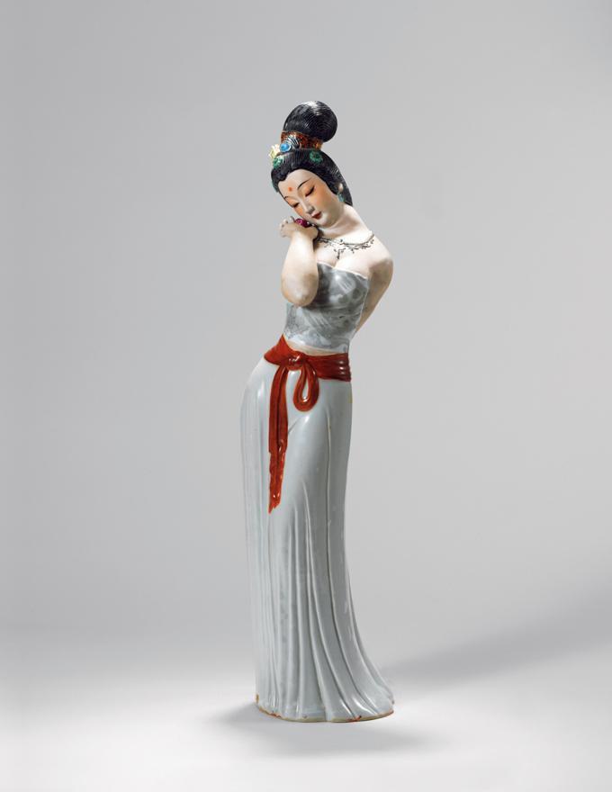 重工加彩「天女赐福」瓷雕