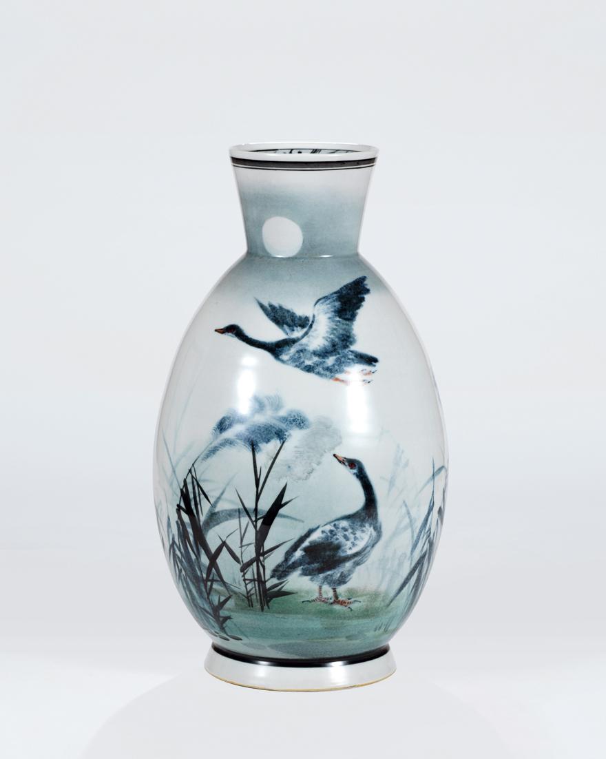 「月影图」瓷瓶