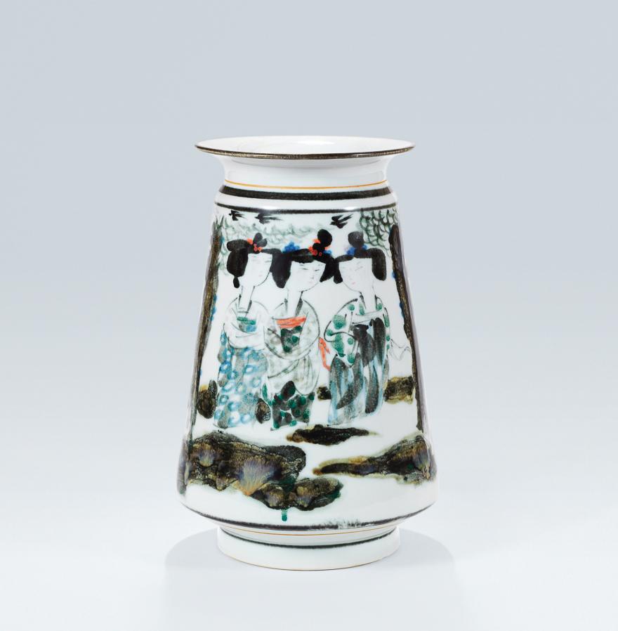 「二月春风」瓷瓶