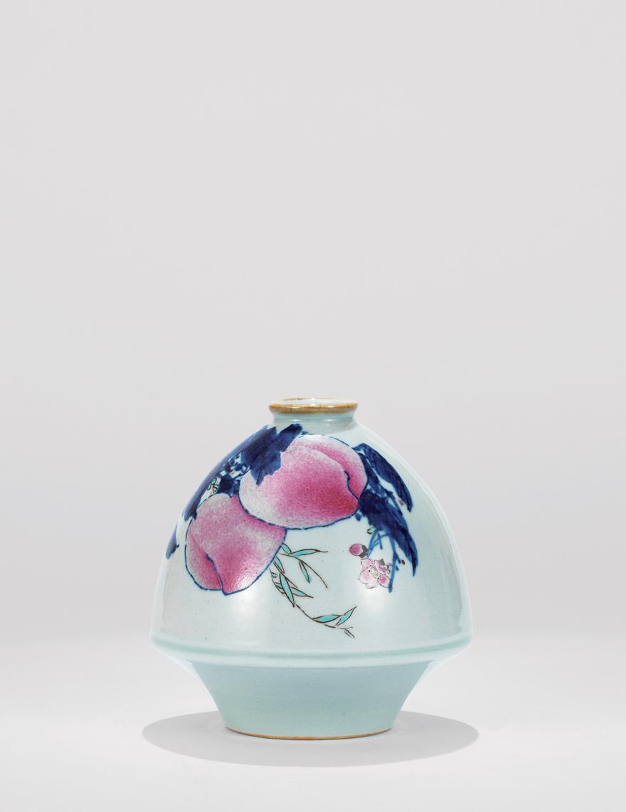 青花斗彩「双寿」鸡心瓶