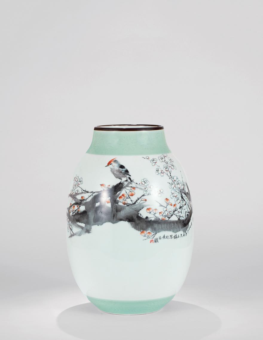 粉彩「寒香」瓷瓶