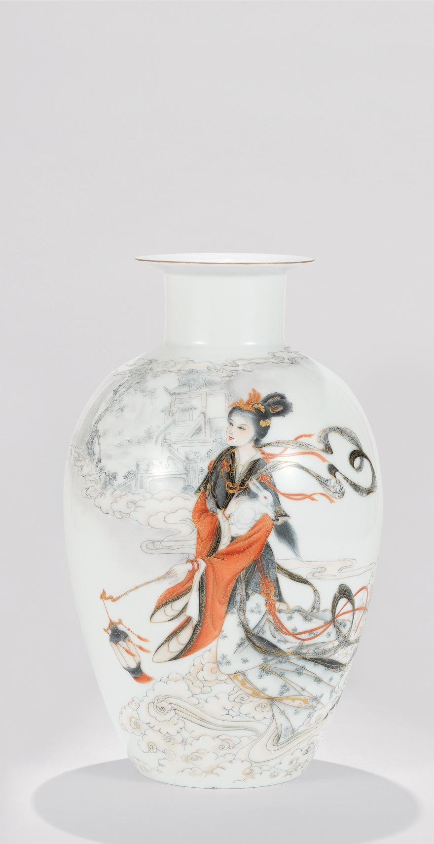 墨彩描金「嫦娥奔月」瓷瓶