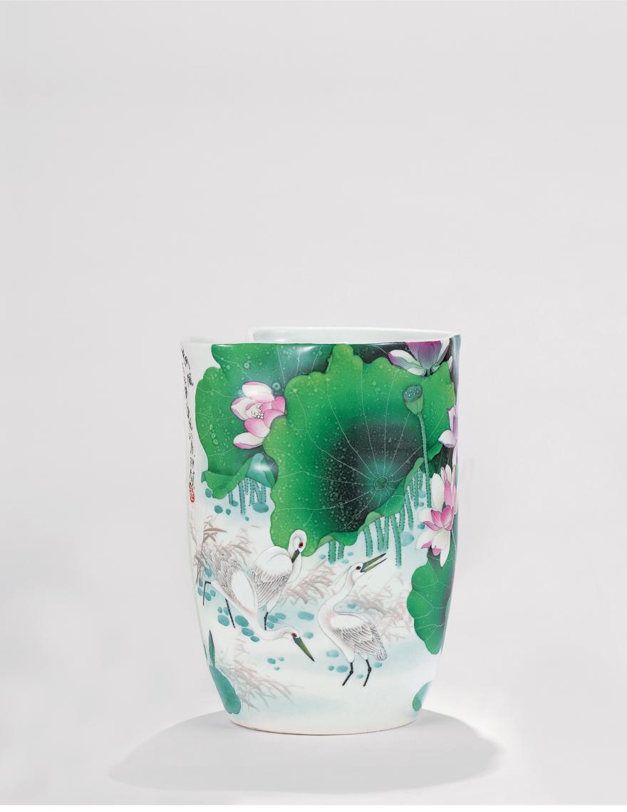 「荷风」瓷瓶