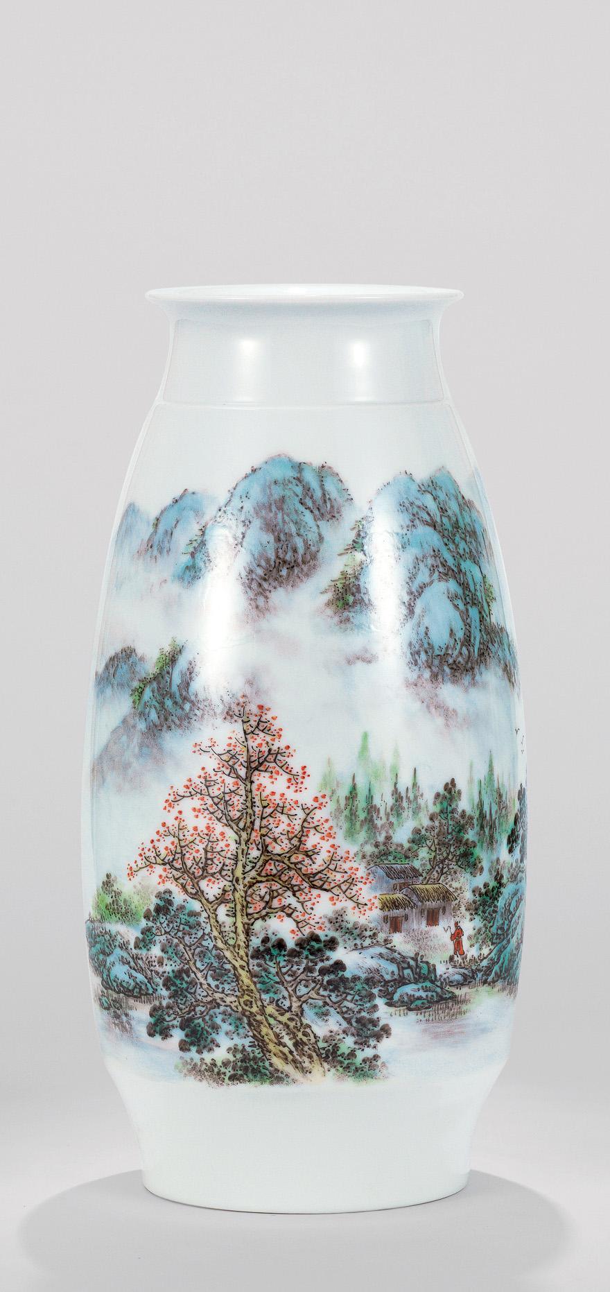 粉彩「溪山烟云」瓷瓶