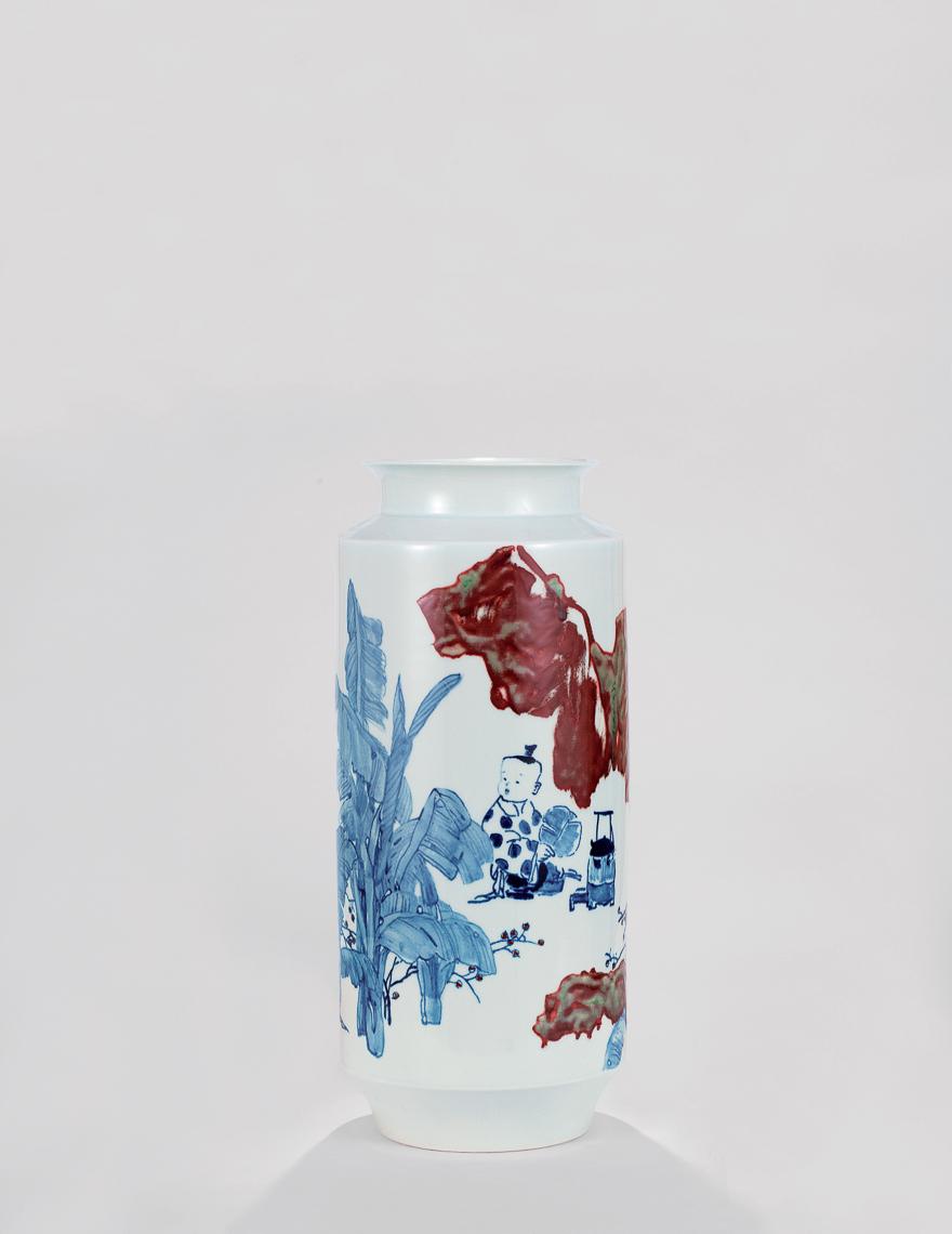 青花釉里红瓷瓶